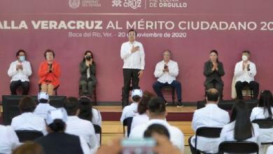 Photo of Otorga Gobierno la Medalla Veracruz a personal de la administración estatal que ha luchado contra el Covid-19