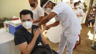 Photo of IMSS vacuna a 1,140 de sus trabajadores contra el Covid
