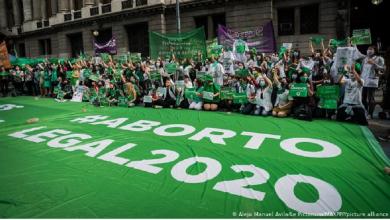 Photo of Diputados de Argentina aprueban legalizar el aborto