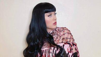 Photo of Katy Perry enamora a todos al «regresar» a su icónica cabellera negra