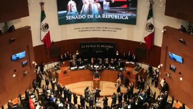 "Photo of Senado aprueba ""Ley Banxico"", sucursales bancarias volverán a cambiar dólares por pesos"