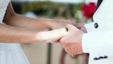 Photo of Novio escapa en plena boda y ella se casa con uno de los invitados