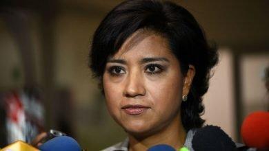 Photo of Mi único interés es ayudar a Xalapa; si recibo invitación formal lo sabrán: Elizabeth Morales