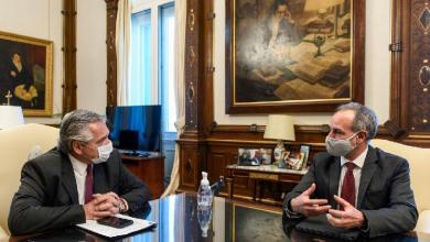 Photo of Gatell recibe en Argentina informe sobre experiencia con Sputnik V que podría aplicarse en México