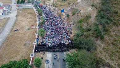 Photo of Así ocurrió el choque entre migrantes y la Policía de Guatemala
