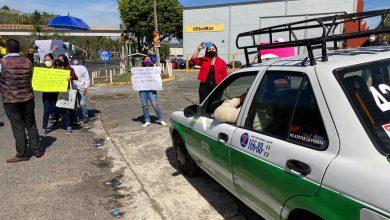 Photo of Estudiantes antorchistas bloquean carretera; exigen obras