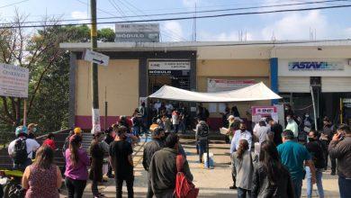 Photo of ¡Todo lo dejamos a lo último! Cientos de xalapeños abarrotan módulos del INE