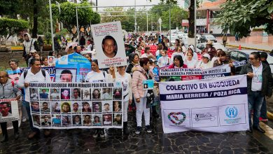 Photo of Familiares del colectivo María Herrera abrazan a desaparecidos entregados