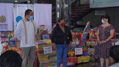 Photo of Entrega IVEC equipamiento para la creación de 4 ludotecas en bibliotecas municipales