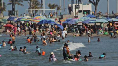 Photo of 10 mil bañistas abarrotan playas de Boca Del Río